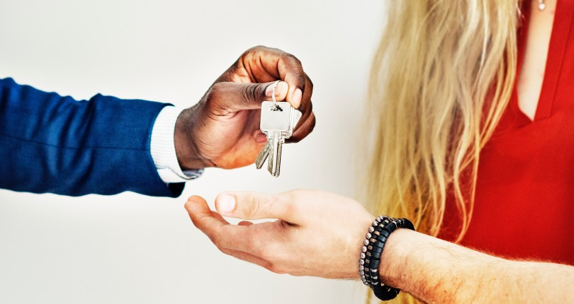 Hire Real Estate Agents but Make Sure You Appoint the Best One in Your City!