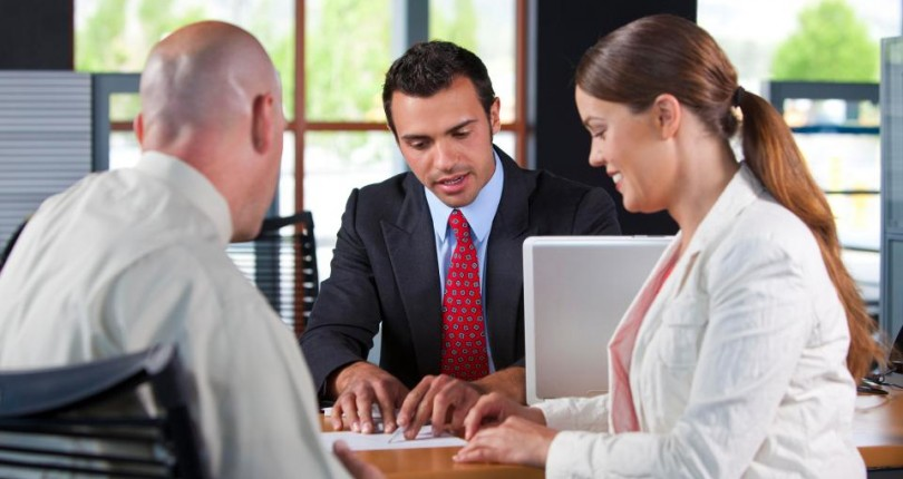 What to Ask a Mortgage Lender before You Sign Anything